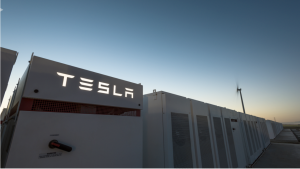 Tesla Builds the World largest battery